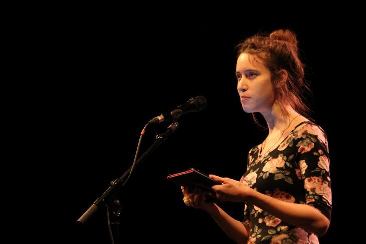 Elisabeth Viain des Livreurs en pleine lecture